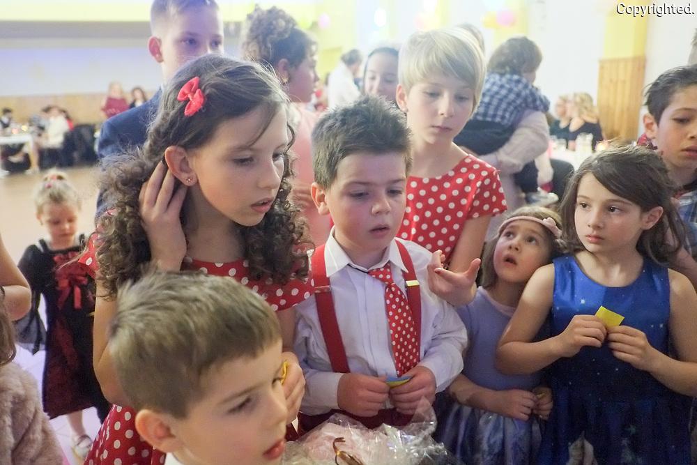 Reportaz z farskeho plesu farnosti POprad-Velka vo februari 2019