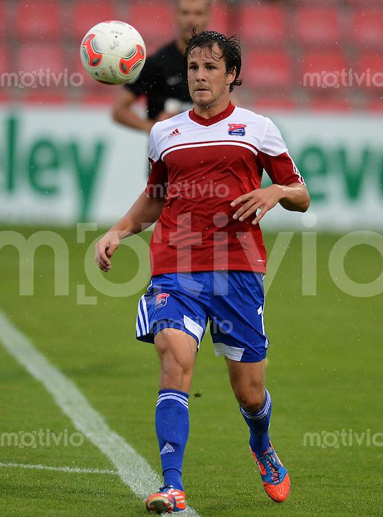 3. Fussball Bundesliga:  2. Spieltag    Saison   2012/2013   SpVgg Unterhaching  - FC Hansa Rostock   28.07.2012 Stephan Thee (Unterhaching)