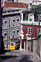 Portugal - Lisbonne - Les tramways - Funiculaire de  Calçada da Gloria