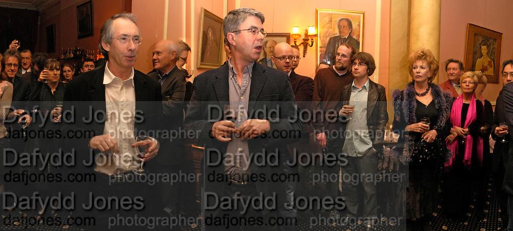Griff Rhys Jones, Ian McEwan, Dan Franklin, Edna O'Brien, Michael Holroyd,. Book party for Saturday by Ian McEwan, Polish Club, South Kensington.  4 February 2005. ONE TIME USE ONLY - DO NOT ARCHIVE  © Copyright Photograph by Dafydd Jones 66 Stockwell Park Rd. London SW9 0DA Tel 020 7733 0108 www.dafjones.com