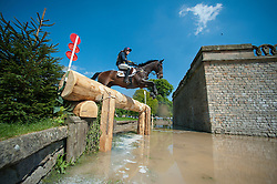 Lisa Sabbe (BEL) & Maxwell Steele - Cross Country - Dodson & Horrell Chatsworth International Horse Trials 2014 - Chatsworth House, Derbyshire, United Kingdom - 18 May 2014