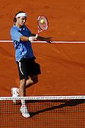 Roland Garros. Paris, France. June 6th 2006..Roger Federer against Mario Ancic during the 1/4 finals.