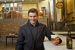 O empresário Eduardo Bier Correa, ou Dado Bier, na sua micro-cervejaria, em Porto Alegre. FOTO: Lucas Uebel/Preview.com