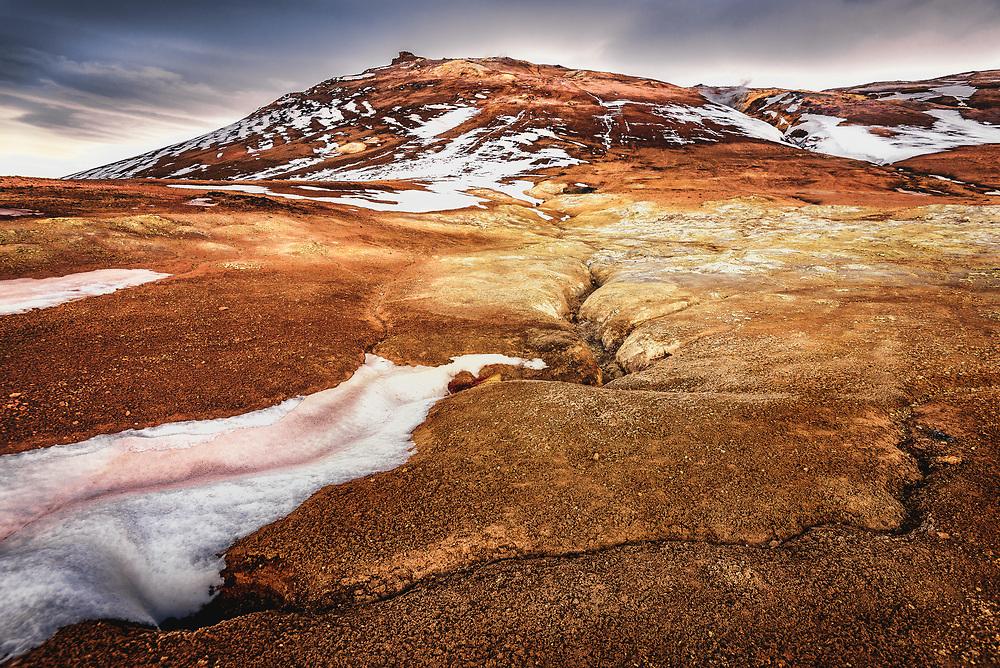 Hverir geothermal area in ReykjahlÌ, Iceland