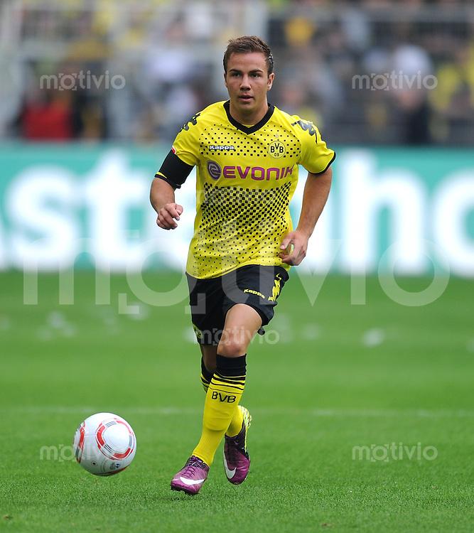 Fussball 1. Bundesliga :  Saison   2010/2011   34. Spieltag  14.05.2011 Borussia Dortmund - Eintracht Frankfurt Mario Goetze (Borussia Dortmund)