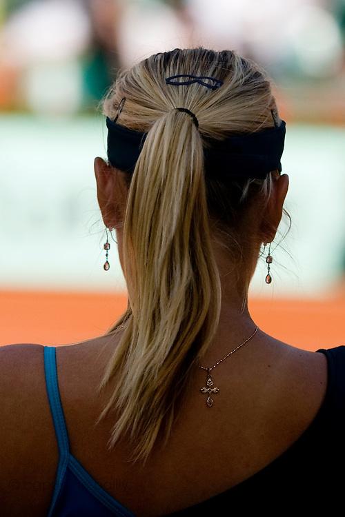 Paris, France. May 31st 2009. .Roland Garros - Tennis French Open. 3rd Round..Maria Sharapova against Na Li