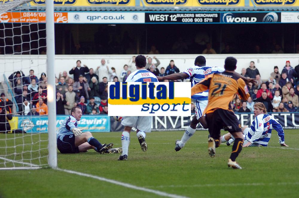 Photo: Kevin Poolman.<br />Queens Park Rangers v Wolverhampton Wanderers. Coca Cola Championship. 04/03/2006. <br />QPR keeper Paul Jones (L) makes another great save.