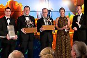 Uitreiking Koning Willem I prijs. De prijs, in de vorm van een beeldje, werd in de Nederlandse bank - Amsterdam uitgereikt door koningin Máxima, erevoorzitter van de stichting. <br /> <br /> King Willem I Award ceremony. The price in the form of a statuette, was in the Dutch banking - Amsterdam awarded by Queen Máxima, Honorary President of the Foundation.<br /> <br /> Op de foto / On the photo:  Winnaars (VLNR) Brendan de Graaf (TexelEnergie), Ard-Jan Kooren (Kotug) en Cees 't Hart (FrieslandCampina) samen met koningin Maxima en DNB-topman Klaas Knot <br /> <br /> Winners (LEFT) Brendan de Graaf (TexelEnergie), Ard-Jan Kooren (Kotug) and Cees' t Hart (FrieslandCampina) along with Queen Maxima and DNB CEO Klaas Knot
