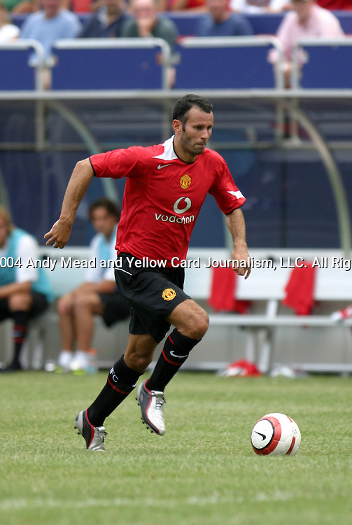 31 July 2004: Ryan Giggs in the second half. AC Milan of Italy's La Liga defeated Manchester United of the English Premier League 9-8 on penalties after the teams played to a 1-1 draw at Giants Stadium in the Meadowlands Complex in East Rutherford, NJ in a ChampionsWorld Series friendly match..