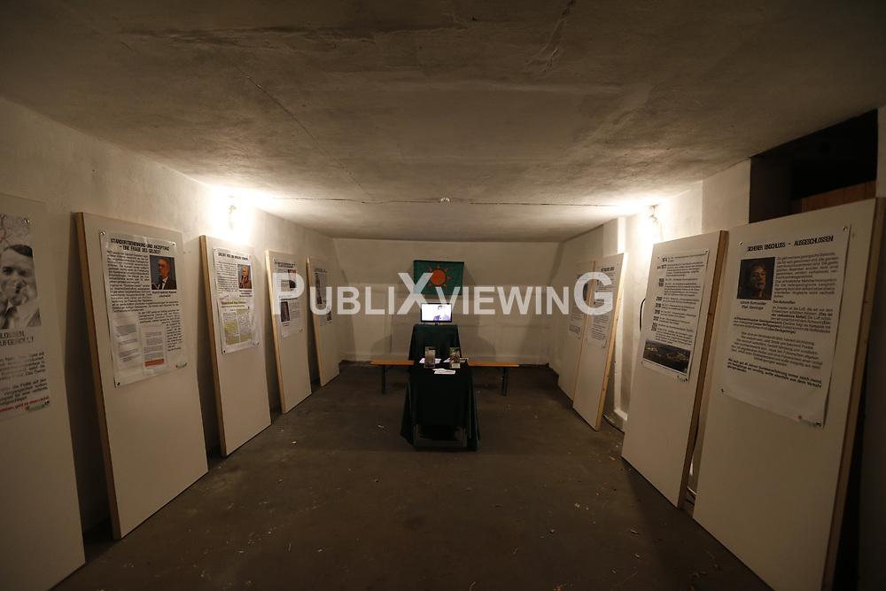 Um Spendengelder für die Opfer der Katastrophen von Tschernobyl und Fukushima zu generieren, organisieren Bewohner des Dorfes Ventschau im Landkreis Lüneburg regelmäßig im Sommer das e-Ventschau Musikfestival.<br /> <br /> Ort: Ventschau<br /> Copyright: Andreas Conradt<br /> Quelle: PubliXviewinG