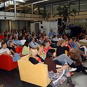 Presentatie nieuw programmablad TV Film, overzicht zaal, medewerkers