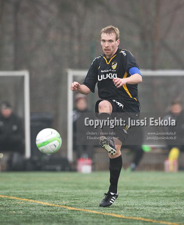 Jussi Vasara. TPS - Honka. Veikkausliiga. Avausottelu. Turku 13.4.2013. Photo: Jussi Eskola