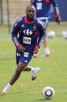 FOOTBALL - MISCS - WORLD CUP 2010 - TIGNES (FRANCE) - FRANCE TEAM TRAINING - 22/05/2010 - PHOTO ERIC BRETAGNON / DPPI - WILLIAM GALLAS