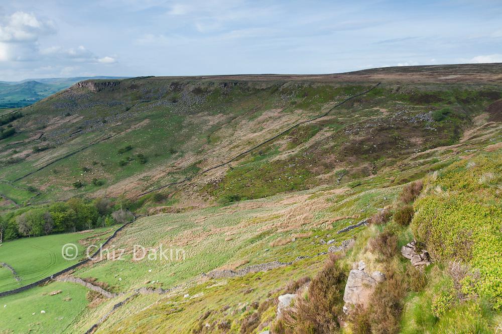 View along Combs Edge towards Castle Naze