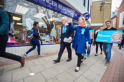 © Licensed to London News Pictures.  02/05/2015. ABINGDON, UK. Boris Johnson (centre) talks to voters while campaigning in Abingdon with Nicola Blackwood (centre right in blue coat) who is standing for re-election as MP for the Oxford West and Abingdon constituency. Photo credit: Cliff Hide/LNP
