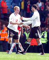 ARSENAL V MANCHESTER UNITED 03/04/04 VILLA PARK BIRMINGHAM FA CUP SEMI FINAL<br /> PAUL SCHOLES PUTS MANCHESTER UNITED 1-0 UP AND CELEBRATES WITH PROVIDER RYAN GIGGS<br /> PHOTO  FOTOSPORTS INTERNATIONAL