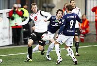 Fotball , 6. mai 2012 , Tippeligaen , Eliteserien , Strømsgodset - Sogndal 3-0<br /> Ørjan Hopen , Sogndal<br /> Lars Christopher Vilsvik , SIF
