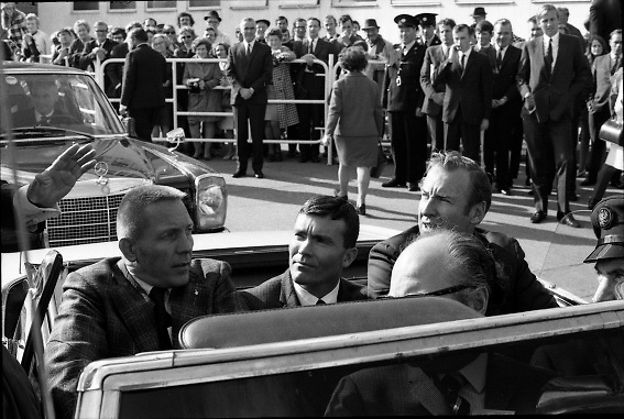 American Astronauts visit Dublin.<br /> 1970.<br /> 13.10.1970.<br /> 10.13.1970.<br /> 13th October 1970.<br /> The Astronauts of the Apollo 13 moon mission visited Ireland as part of a European tour. James Lovell, John Swigert and Fred Haise were on a planned landing on the lunar surface ,when two day after blast off on 11 April 1970 an explosion aboard the craft resulted in one of the most amazing missions in the Apollo series. The explosion placed the crew in severe danger and it was only through much skill and courage that the astronauts managed to make emergency repairs to enable them to return home. Up until they returned on 17th April the world held its breath as the astronauts fought their way back to Earth.<br /> <br /> Image of astronauts, Haise, Lovell and Swigertsetting off on the motorcade to Dublin City.