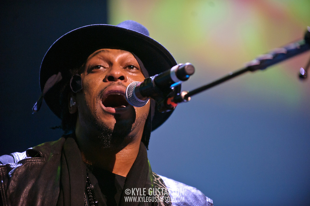WASHINGTON, DC - August 26th, 2012 - Fabled R&B recluse D'Angelo performs at the Verizon Center in Washington, D.C. After kicking off the neo-soul movement in the late 90's with his first two albums , D'Angelo disappeared for over a decade. He returned to the road in 2012 and is promising a new album soon. (Photo by Kyle Gustafson/For The Washington Post)