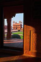 Inde, état de l'Uttar Pradesh, Fatehpur Sikri, ancienne capitale de l'empire moghol, classée Patrimoine Mondial de l'UNESCO, cour de Pachhisi, Diwan-i-Khas // India, Uttar Pradesh, Unesco World heritage, Fatehpur Sikri, Diwan-i-Khas
