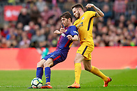 FC Barcelona's Sergi Roberto (l) and Atletico de Madrid's Saul Niguez during La Liga match. March 4,2018. (ALTERPHOTOS/Acero)