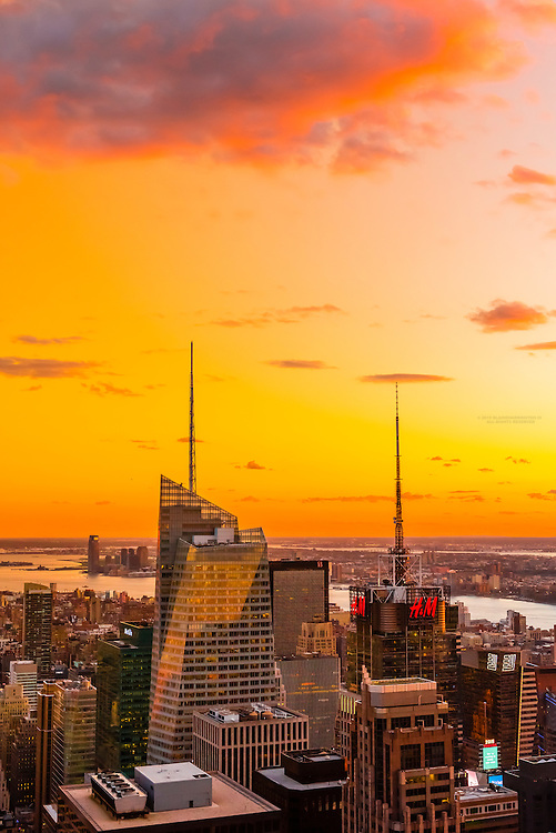 Midtown Manhattan Skyline, New York, New York USA.