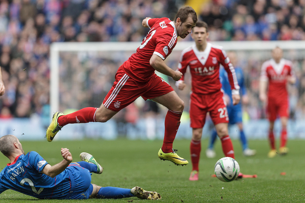 Scottish League Cup Final Aberdeen V Inverness CT at Parkhead on Sunday, 16th of March 2014, Aberdeen Scotland.<br /> Pictured: David Raven and Niall McGinn<br /> (Photo Ross Johnston/Newsline Scotland)