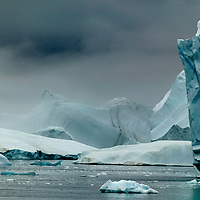 Icebergs in Scoresbysund , eEst Greenalnd