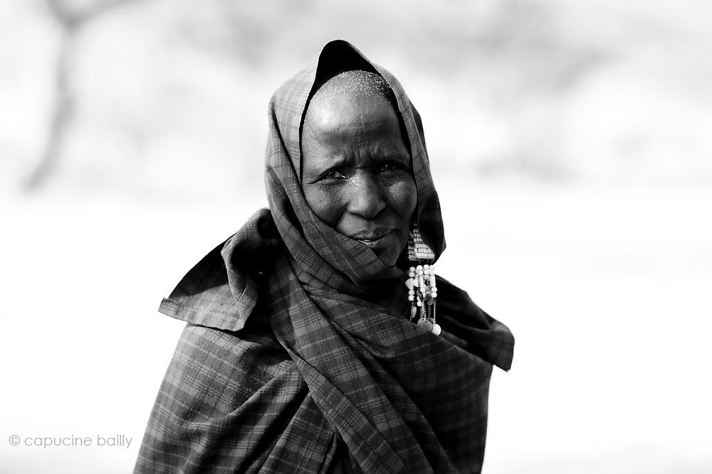 TANZANIA. Gols Mountains. August 11th 2009..A Maasai woman