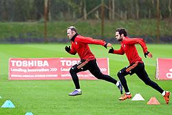 Wayne Rooney and Juan Mata of Manchester United warm up - Mandatory byline: Matt McNulty/JMP - 07966386802 - 24/11/2015 - FOOTBALL - Aon Training Complex -Manchester,England - UEFA Champions League