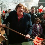 Erica Terpstra opening woningen aan de Haar in Huizen