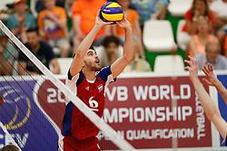 20170525 NED: 2018 FIVB Volleyball World Championship qualification, Koog aan de Zaan<br />Gilles Braas (6) of Luxembourg<br />©2017-FotoHoogendoorn.nl / Pim Waslander