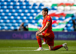 CARDIFF, WALES - Sunday, September 6, 2020: Wales' Kieffer Moore kneels down (takes a knee) in support of the Black Lives Matter movement before during the UEFA Nations League Group Stage League B Group 4 match between Wales and Bulgaria at the Cardiff City Stadium. (Pic by David Rawcliffe/Propaganda)