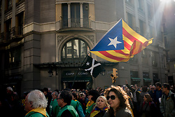 January 30, 2018 - Barcelon, Catalonia, Spain - People carrying estelades or pro-independence flags hold a protest in Barcelona. Thousands of people protested by the streets of Barcelona and outside the Parliament of Catalonia after the session scheduled  to elect a new Catalan president was postponed. (Credit Image: © Jordi Boixareu via ZUMA Wire)