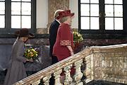 AMSTERDAM - Koningin Beatrix en prinses Maxima arriveren donderdag bij het Koninklijk Instituut voor de Tropen (KIT) in Amsterdam. Zij worden welkom geheten door personeel van het instituut (buiten beeld). Het KIT, voorheen bekend als het Tropeninstituut, bestaat dit jaar 100 jaar. Amsterdam Princess Maxima and Queen Beatrix attended the start of the 100 year jubilee of the Royal Tropical Institute ( KIT) in Amsterdam.?The KIT is a knowledge and expertise institute in international and intercultural cooperation.ANP ROYAL IMAGES COPYRIGHT HENDRIK JAN VAN BEEK