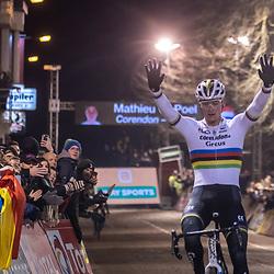 2019-12-29: Cycling: Superprestige: Diegem: Mathieu van der Poel wins in the night of Diegem