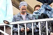 Colin Farrell is aanwezig bij het WK voetbal voor daklozen, waar hij het Ierse team aanmoedigt<br /> <br /> Colin Farrell attends the World Cup for the homeless, where he encourages the Irish team