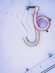 THEMENBILD - ein mit Schneebedecktes Schwimmbad mit Wasserrutsche, aufgenommen am 23. Januar 2019 in Zell am See, Oesterreich // a snow covered swimming pool with waterslide in Piesendorf, Austria on 2019/01/23. EXPA Pictures © 2019, PhotoCredit: EXPA/ JFK