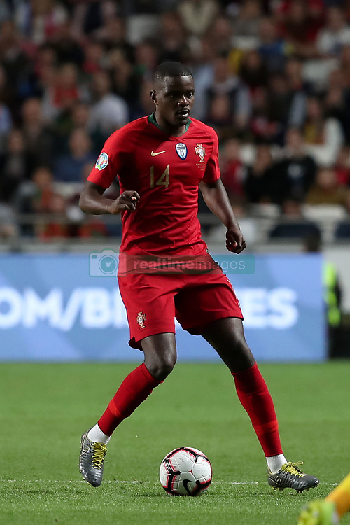 March 22, 2019 - Lisbon, Portugal - Portugal's midfielder William Carvalho in action during the UEFA EURO 2020 group B qualifying football match Portugal vs Ukraine, at the Luz Stadium in Lisbon, Portugal, on March 22, 2019. (Credit Image: © Pedro Fiuza/NurPhoto via ZUMA Press)