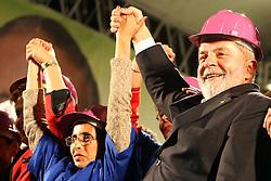 Presidente do Brasil Luiz Inácio Lula da Silva durante um comício em Porto Alegre, sul do Brasil em 24 de setembro de 2010. Dilma Rousseff vai à frente com 51 por cento da intenção de voto para o 03 de outubro na eleição presidencial. FOTO: Jefferson Bernardes/Preview.com