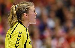 20-12-2015 DEN: World Championships Handball 2015 Nederland - Noorwegen, Herning<br /> De Nederlandse handbalsters streden zondagmiddag om de wereldtitel handbal. Er moest worden afgerekend met Noorwegen, maar de regerend olympisch en Europees kampioen was te sterk: 23-31 / Tess Wester #33