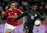 Fotball , 18. november 2009 ,  Danmark - USA<br /> v.l. Per Kroldrup , Jeffrey Cunningham USA<br /> <br /> Norway only