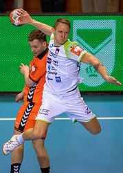 11-04-2019 NED: Netherlands - Slovenia, Almere<br /> Third match 2020 men European Championship Qualifiers in Topsportcentrum in Almere. Slovenia win 26-27 / Alec Smit #27 of Netherlands, Tilen Kodrin #20 of Slovenia