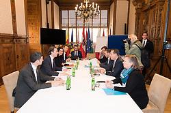 03.11.2017, Palais Niederösterreich, Wien, AUT, Koalitionsverhandlungen von ÖVP und FPÖ anlässlich der Nationalratswahl 2017, im Bild v.l.n.r. Generalsekretär Stefan Steiner (ÖVP), ÖVP-Chef Sebastian Kurz, Generalsekretärin Elisabeth Köstinger (ÖVP), Gernot Blümel (ÖVP) sowie Norbert Nemeth (FPÖ), Generalsekretär Herbert Kickl, FPÖ-Chef Heinz-Christian Strache und Anneliese Kitzmüller (FPÖ) // during coalition negotiations between the Austrian Peoples Party and Austrian Freedom Party due to general elections 2017 in Vienna, Austria on 2017/11/03, EXPA Pictures © 2017, PhotoCredit: EXPA/ Michael Gruber