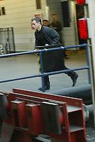 "MATT DAMON  ON SET SHOOTING ""THE BOURNE ULTIMATUM"" AT LONDONS WATERLOO STATION Cameras Rolling http://www.youtube.com/watch?v=DUd5RPVDjPY"