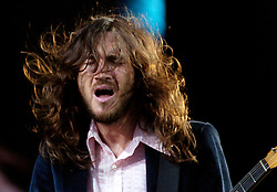 John Frusciante Red Hot Chili Peppers Don Valley Stadium Sheffield.6th July 2006.Copyright Paul David Drabble