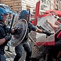 Polizia carica Blockupy