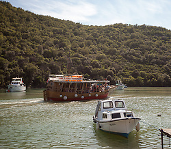 THEMENBILD - URLAUB IN KROATIEN, Boote im Limski Kanal, aufgenommen am 02.07.2014 in Porec, Kroatien // Boats in the Limski fjord at Vrsar, Croatia on 2014/07/02. EXPA Pictures © 2014, PhotoCredit: EXPA/ JFK