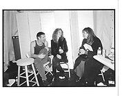 Kevyn Acoin and Julia Roberts backstage at Richard Tyler © Copyright Photograph by Dafydd Jones 66 Stockwell Park Rd. London SW9 0DA Tel 020 7733 0108 www.dafjones.com