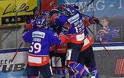 17.09.2021, Tiroler Wasserkraft Arena, Innsbruck, AUT, ICE, HC TWK Innsbruck Die Haie vs HK SZ Olimpija, Grunddurchgang, 1. Runde, im Bild 3 : 2 für Innsbruck // during the bet-at-home ICE Hockey League Basic round 1th round match between HC TWK Innsbruck Die Haie and HK SZ Olimpija at the Tiroler Wasserkraft Arena in Innsbruck, Austria on 2021/09/17. EXPA Pictures © 2021, PhotoCredit: EXPA/ Erich Spiess